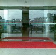 西安商场高透明度平移感应门自动门图片
