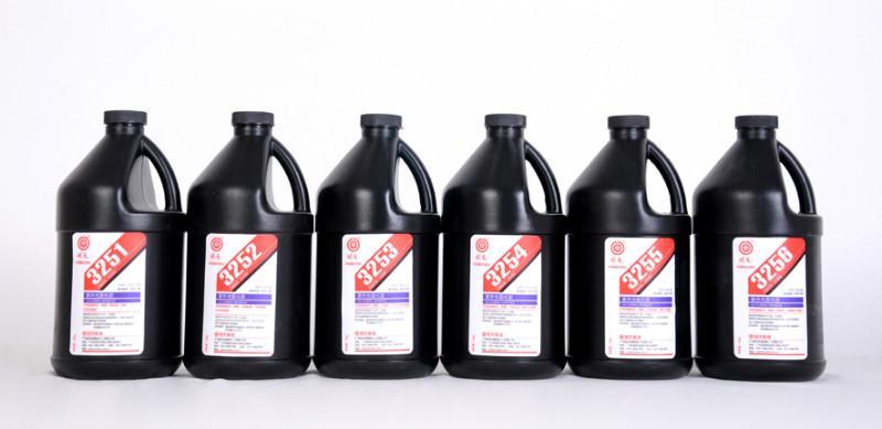供应广东省供应电子称粘接胶的特点 玻璃与金属粘接胶使用UV胶的性能