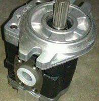 供应各种叉车液压泵油缸方向机总成维修