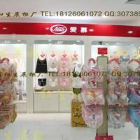 广州服装展示柜