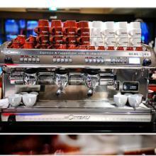 供应金佰利商金佰利CIMBALI M39 DOSATRON DT3半自动三头数控意式特浓咖啡机  金佰利商用半自动咖啡机批发