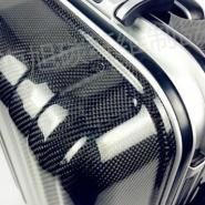碳纤维旅行拉杆箱图片