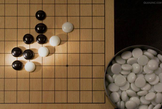上海学围棋从棋局演绎人生精彩报价图片