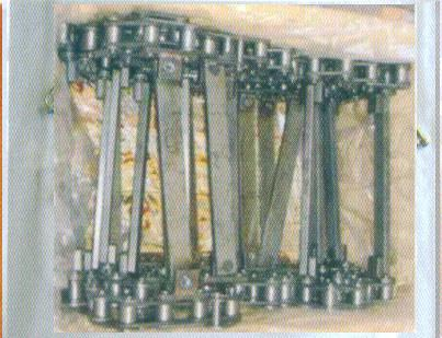 供应中联摊铺机DTU90刮板链条生产厂家