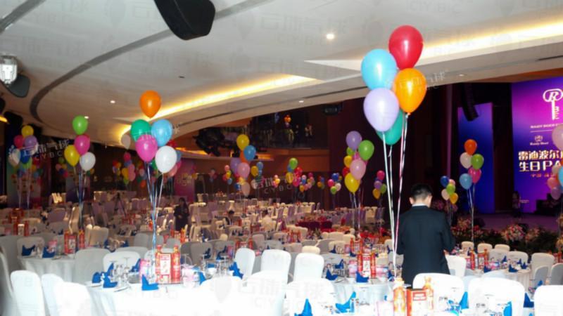 供应春节年会气球装饰/成都气球装饰/节庆气球装饰/飘空气球供应