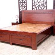 北京实木储物床图片