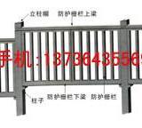 供应山西路基护栏塑料模具 钢丝网立柱护栏模具 桥梁遮板塑料模具供应商