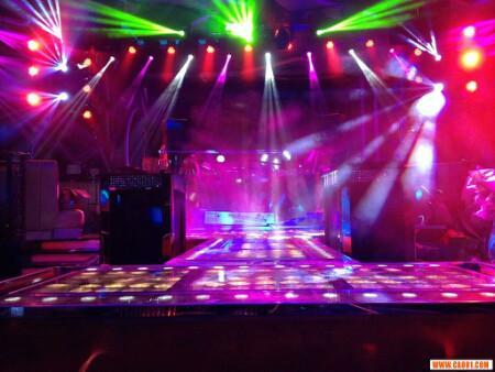 北京舞台光束灯BEME灯租赁舞台面光灯LED染色灯租赁
