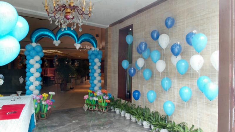 供应成都气球装饰布置/气球百日宴装饰/气球创意装饰/气球装饰