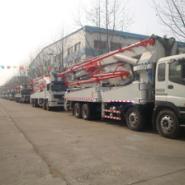 供应天津48米泵车价格。24-52米多种型号和底盘,鸿达厂家直销