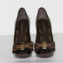 供应全新专柜正品LV高跟鞋真皮女鞋子,蝴蝶结鱼嘴女鞋,高防水台女单鞋批发