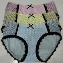 供应女士全棉三角生理内裤小榄厂家直销图片