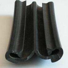 供应120毫米宽伸缩缝橡胶条价格批发