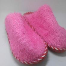 供应哪里有便宜的手工居家棉拖鞋批发图片